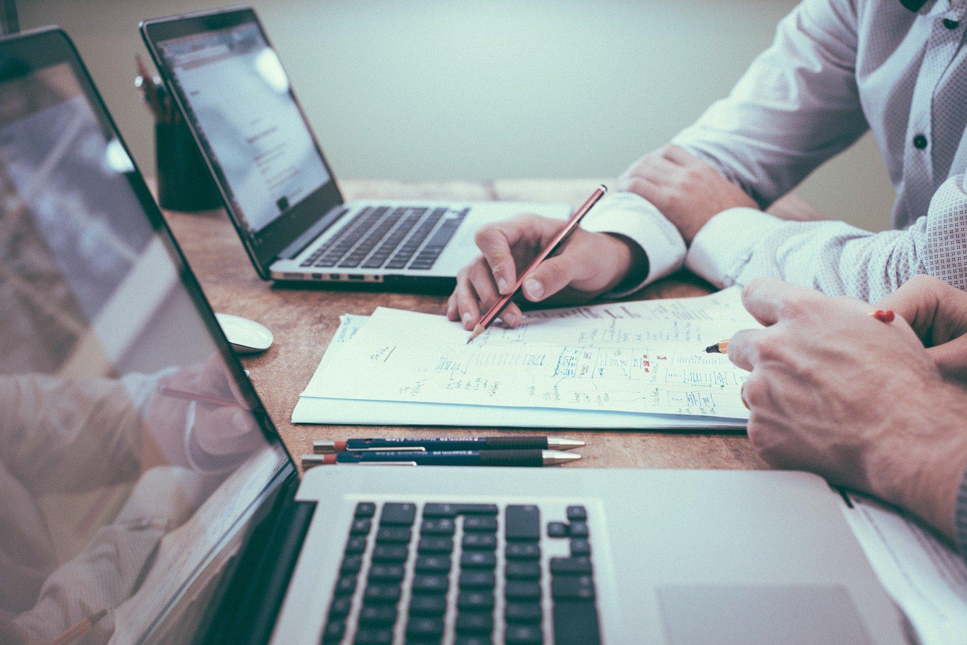 2016年、非公開求人の攻略が転職活動の成否を分けます。